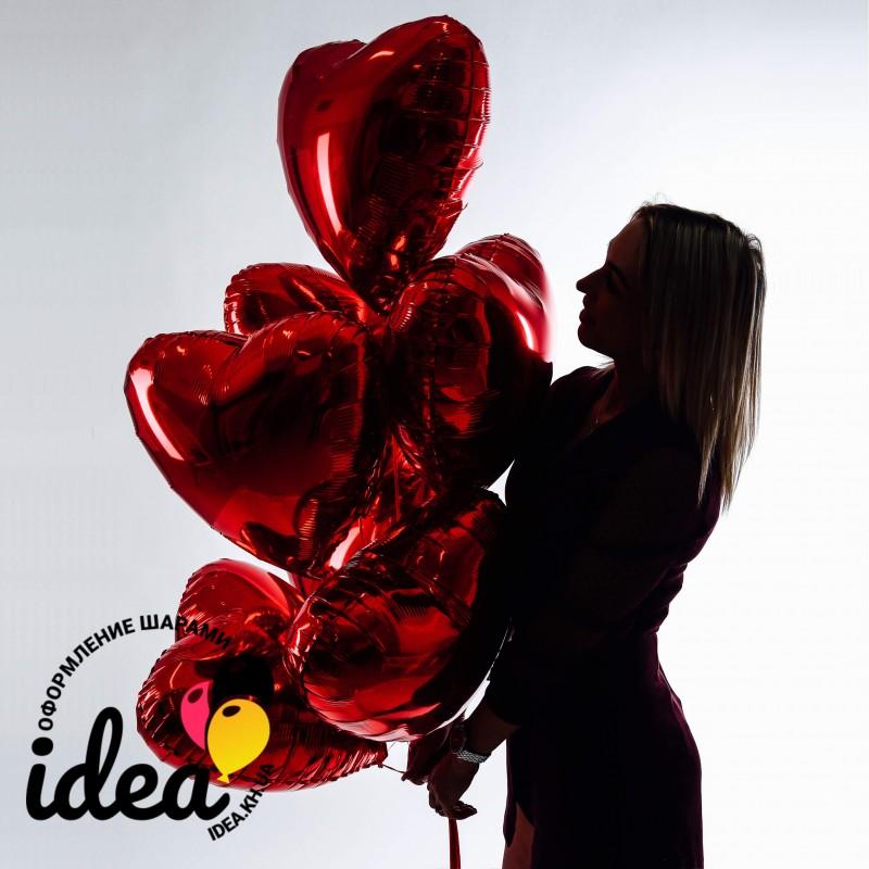 Связка из 7 фольгированных красных сердец