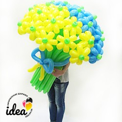 Букет цветов из шариков  Патриотичный