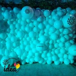 Стена из шаров 6м кв